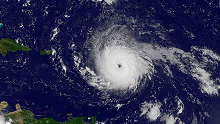 Huracan-Irma-causa-2-muertes-a-su-paso-por-islas-del-Caribe