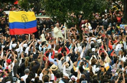 Mensaje-de-paz-y-democracia-del-papa-Francisco