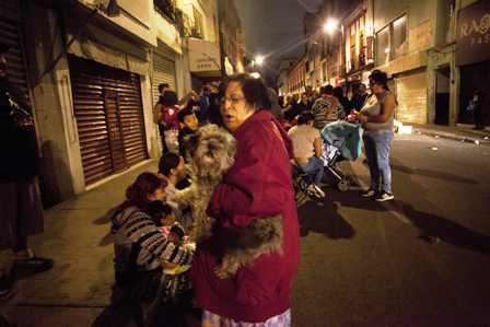 Bolivianos-sufren-en-paises-afectados