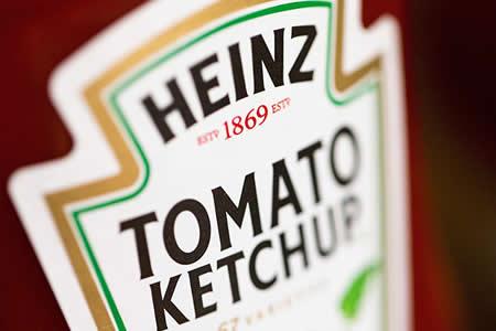 Una-mujer-sufrio-dolor-de-estomago-durante-6-anos-a-causa-de-un-sobre-de-ketchup-en-sus-intestinos