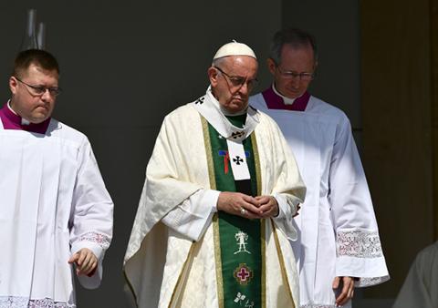 El-Papa-pide-perdon-por-los-abusos-sexuales-de-sacerdotes-en-Chile
