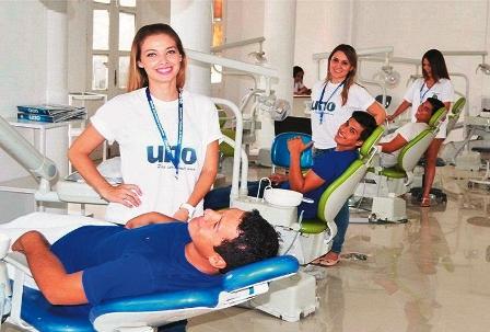 UNO-ha-formado-a-mas-de-15-mil-estudiantes-en-18-anos-de-trabajo