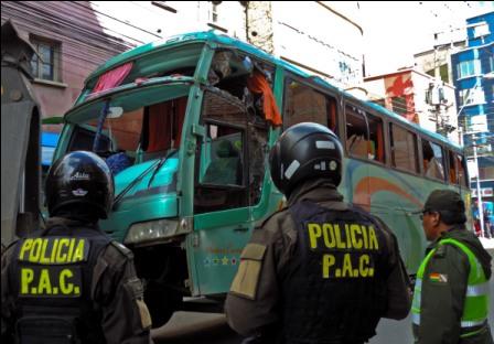 Accidente-de-bus-deja-una-persona-fallecida-