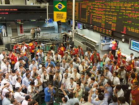 Bolsa-de-San-Pablo-registra-alza-record-luego-de-conocer-la-condena-de-Lula