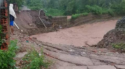 Alcalde-de-Yacuiba-pide-ayuda-tras-las-intensas-lluvias-que-dejaron-severos-danos