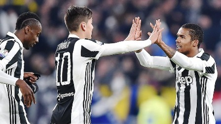 Juventus-vence-a-Torino-y-pasa-a-semi
