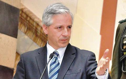 Garcia-Linera-dice-al-diario-El-Pais:--Perder-a-Evo-Morales-seria-un-suicidio-politico-
