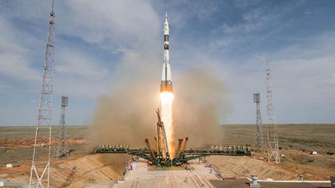 La-nave--Soyuz--realiza-un-aterrizaje-de-emergencia-tras-un-despegue-fallido