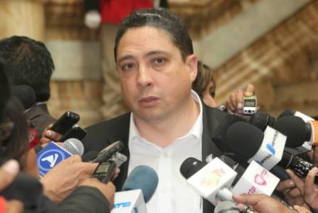 Arce-aclara-que-no-hay-fuero-parlamentario