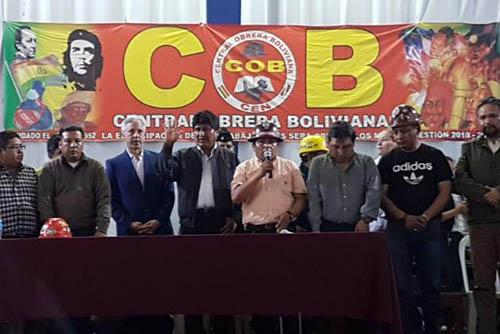 La-COB-proclama-al-binomio-Morales--Garcia-Linera-para-las-elecciones-del-2019