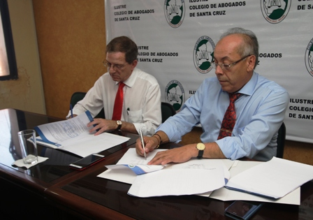 Firman-convenio-para-descuentos-en-edictos-de-prensa