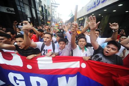 Protestas-terminan-en-hechos-de-violencia-a-24-horas-del-plazo-para-anular-candidatura-de-Evo