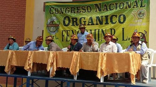 -Cooperativas-mineras-deciden-apoyar-la-repostulacion-de-Evo