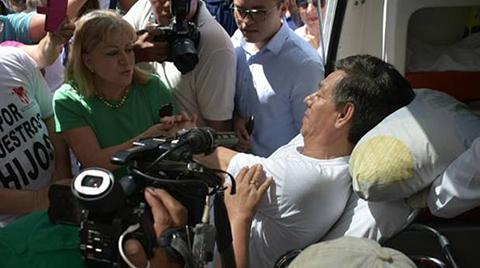 Evacuan-a-lider-civico-cruceno-de-huelga-hambre-por-el-21F