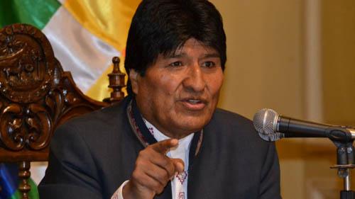 -Morales-fustiga-a-EEUU-por-pretender-trabar-financiamiento-externo-a-Bolivia