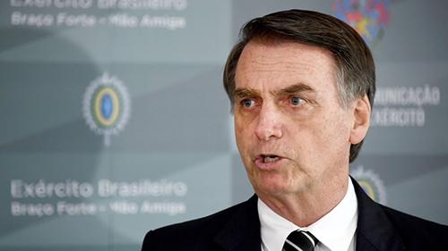 -Bolsonaro-anuncia-corte-de-recursos-para-area-medios