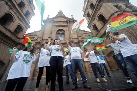 Protestas-y-planton-para-recordar-el-voto-del-21F