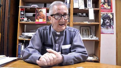 Un-sacerdote-de-la-Iglesia-Catolica-advierte-que-Bolivia-esta-a-un-paso-de-la-dictadura