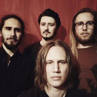 Dark-Stars-una-banda-de-rock-finlandesa-con-talento-boliviano-