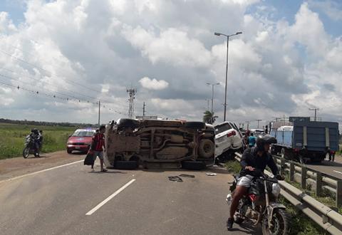 Dos-vehiculos-colisionaron-en-un-punto-de-bloqueo-en-la-carretera-al-Norte
