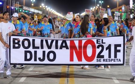 21F-marco-el-Carnaval,-suben-protestas-rumbo-al-paro