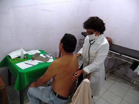 Un-medico-exclusivo-para-adultos-mayores