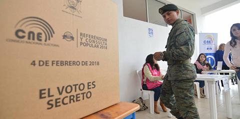 Cierran-urnas-en-Ecuador-con-74,8-por-ciento-de-participacion