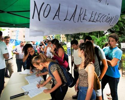 Recoleccion-de-firmas-para-la-OEA-llegan-a-mas-de-150-mil