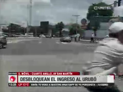 Vecinos-del-Urubo-levantan-bloqueo-en-la-Av.-San-Martin