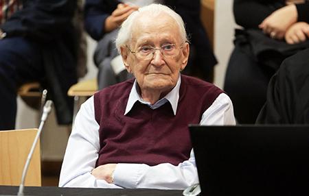 Muere-Oskar-Gröning,-fue-contador-en-Auschwitz-y-complice-de-300.000-muertes