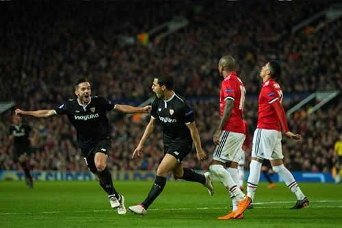El-Sevilla-se-impone-como-visitante-ante-un-confiado-Manchester-United-
