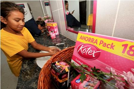 Kotex-mejora-condiciones-sanitarias-en-zonas-rurales