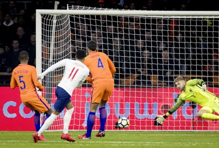 Holanda-demuestra-ante-Inglaterra-por-que-no-va