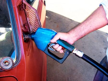 Una-media-de-800-a-1.000-m3-de-gasolina-Super-91,-sera-comercializada-en-Cochabamba