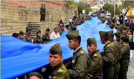 Militares-y-policias-en--el--banderazo-