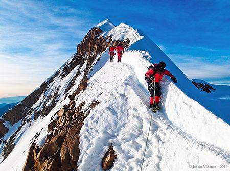 Un-escalador-aleman-fallece-en-la-montana-Huayna-Potosi