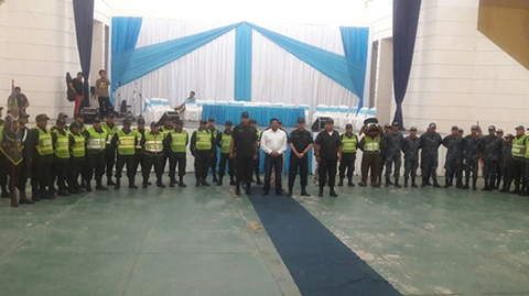 Policia-retorna-a-Camiri-tras-los-enfrentamientos-de-2017