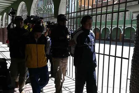Policia-detiene-a-dos-choferes-acusados-de-violacion