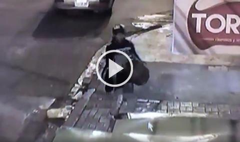 Ladron-es-filmado-en-pleno-robo-de-garrafa-de-una-tienda