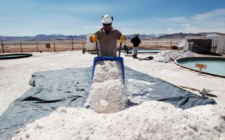 Bolivia-elige-a-la-alemana-ACI-Systems-para-industrializar-el-litio