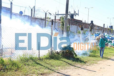Fumigan-en-Palmasola-para-eliminar-criaderos-de-mosquitos