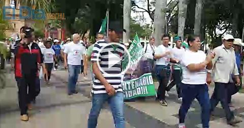 Pobladores-de-Porongo-marchan-por-la-construccion-de-Puentes