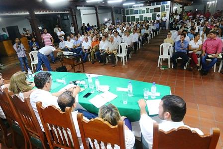 Plazo-al-Gobierno-para-iniciar-movilizaciones-en-Santa-Cruz