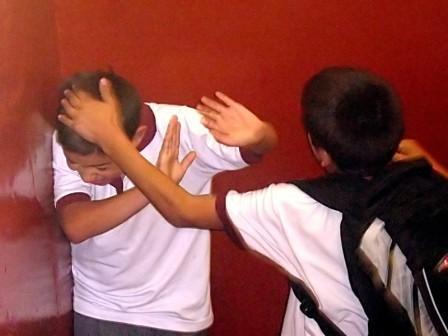 Los-estudiantes-sufren-agresiones-e-insultos-a-causa-del-bullying