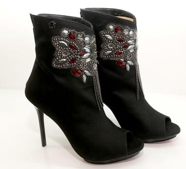 Camine-a-la-moda-y-glamorosa