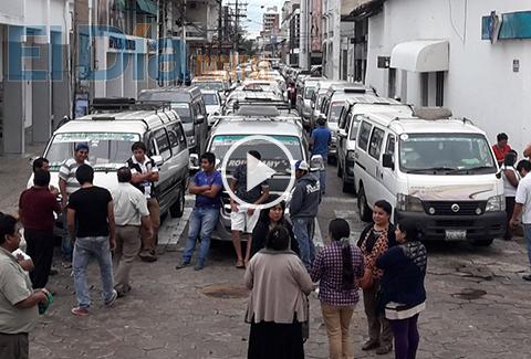 Transportistas-de-La-Guardia-protestaron-en-el-centro-cruceno