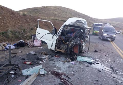 Accidente-en-la-carretera-La-Paz---Desaguadero-deja-8-muertos-y-10-heridos