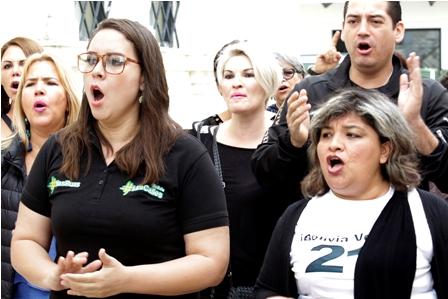 Protesta-por-los-muertos-en-el-Gobierno-de-Evo