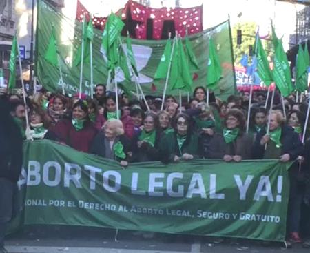 Camara-de-Diputados-aprueba-ley-que-despenaliza-el-aborto