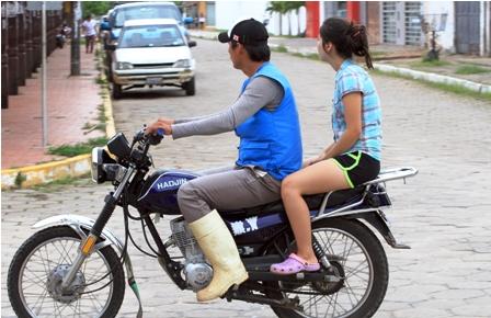 Mototaxista-abusa-de-una-menor
